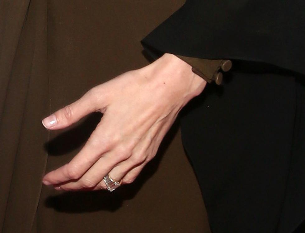 Brad Pitt và Angelina Jolie: 12 năm hội ngộ rồi chia ly... - Ảnh 17.