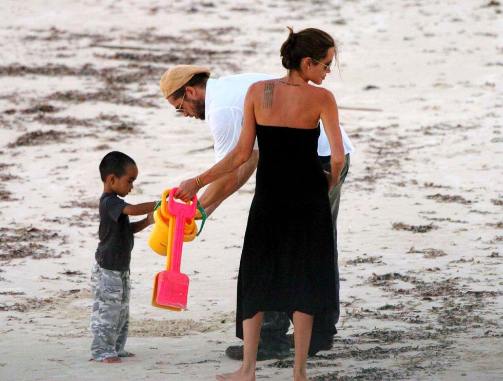 Brad Pitt và Angelina Jolie: 12 năm hội ngộ rồi chia ly... - Ảnh 3.