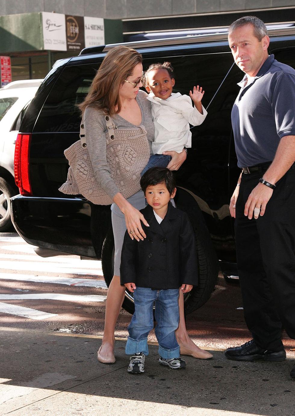 Brad Pitt và Angelina Jolie: 12 năm hội ngộ rồi chia ly... - Ảnh 12.
