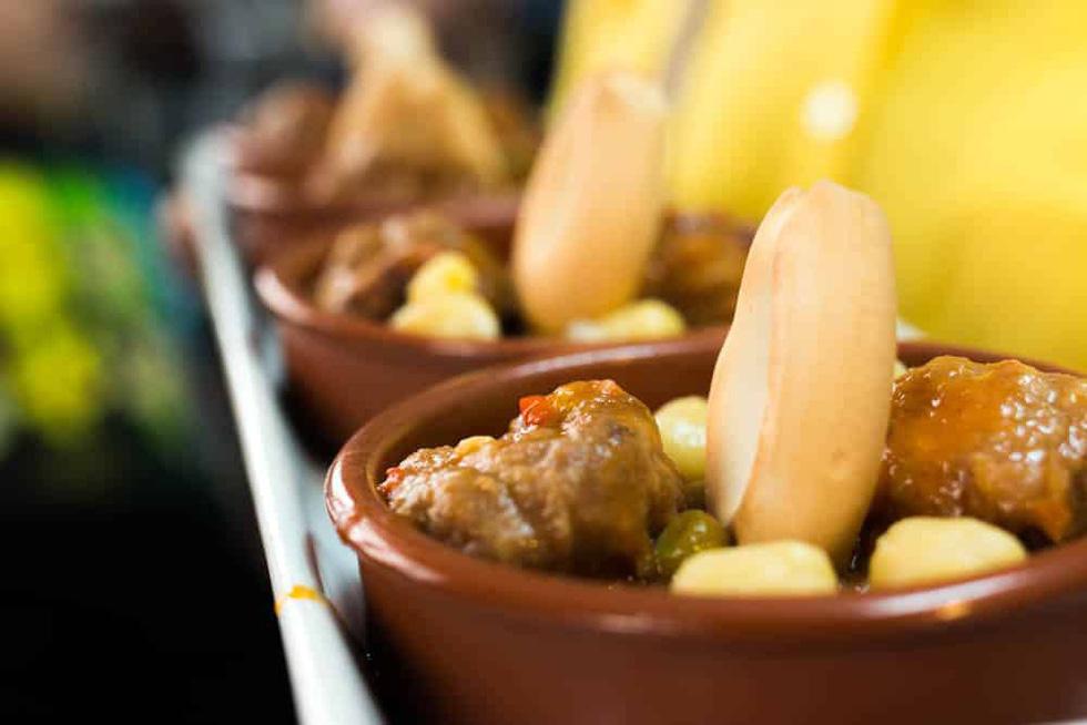 5 cách ăn nhậu thỏa thích ở Barcelona - Ảnh 4.