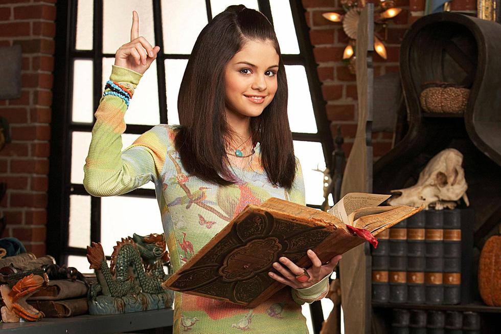 Selena Gomez và hình ảnh cô phù thủy trưởng thành tuổi 26 - Ảnh 3.