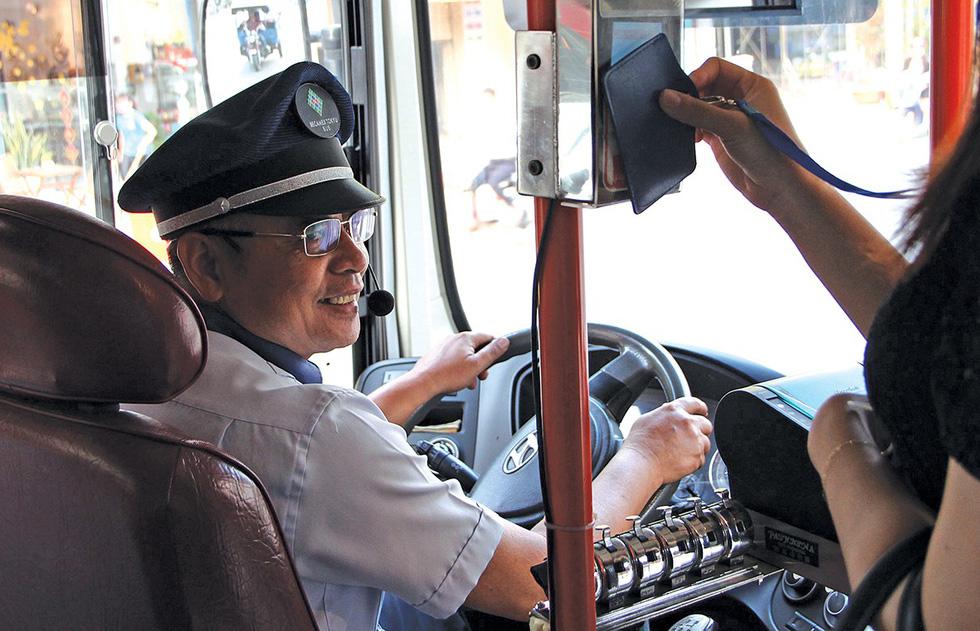 Buýt xanh lăn bánh nhanh kiểu Nhật - Ảnh 4.