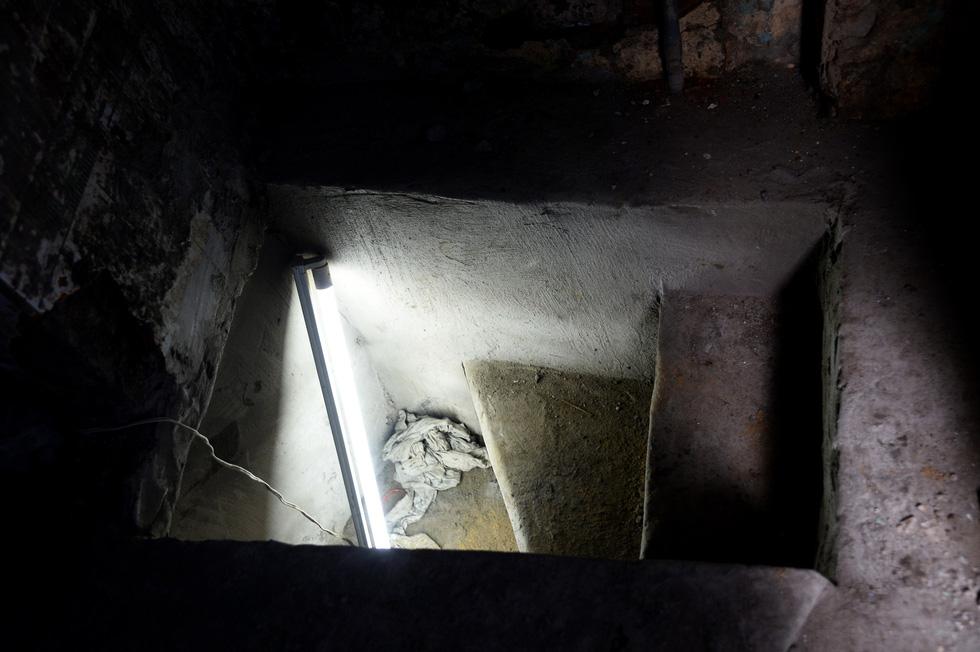 Khui hầm chứa vũ khí giữa Sài Gòn bỏ dở từ năm 1968 - Ảnh 4.
