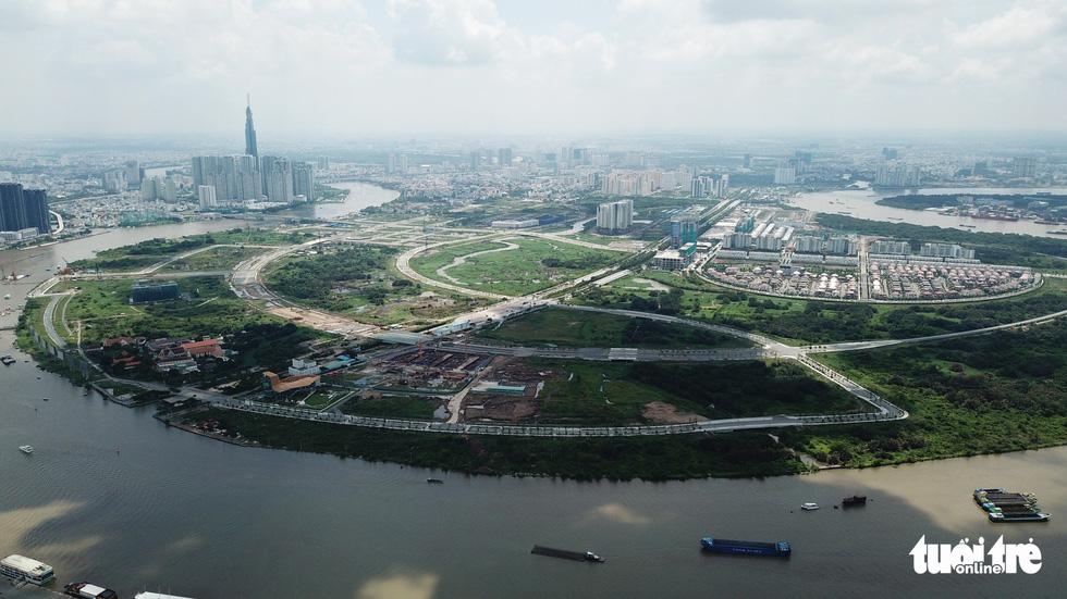 Cận cảnh 4 tuyến đường giá khủng 12.000 tỉ ở Thủ Thiêm - Ảnh 3.
