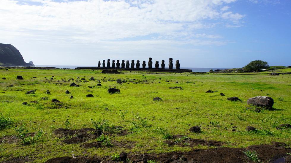 Đảo Phục Sinh và những bức tượng Moai bí ẩn - Ảnh 9.