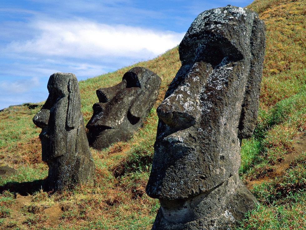 Đảo Phục Sinh và những bức tượng Moai bí ẩn - Ảnh 6.