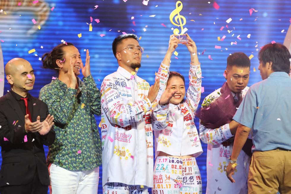 Lộn Xộn Band chiến thắng với Hmmm ở Sing my song mùa 2 - Ảnh 5.