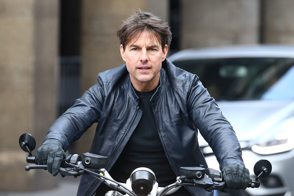 Tom Cruise U60 vẫn phong độ ngời ngời trong Nhiệm vụ bất khả thi 6 - Ảnh 1.