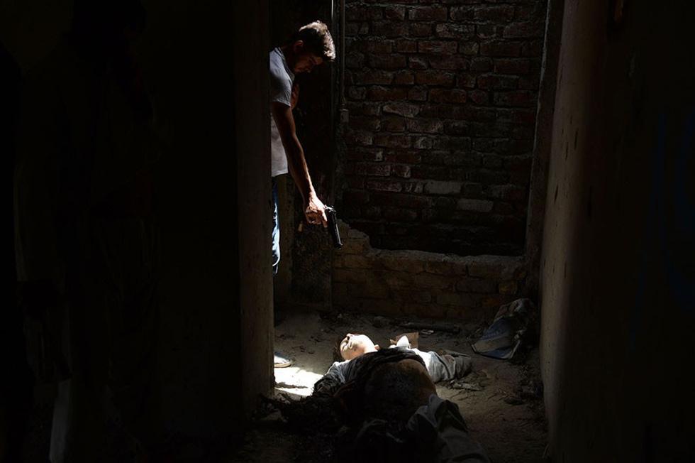 Những bức ảnh còn lại của phóng viên AFP vừa mất trong vụ đánh bom - Ảnh 4.