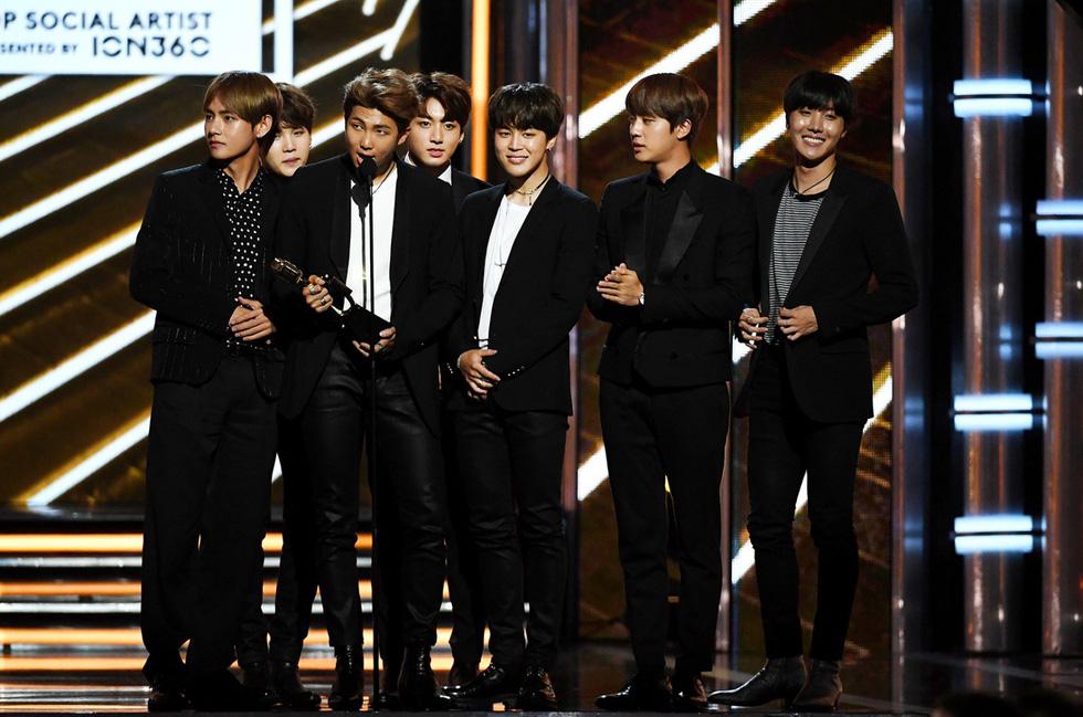 BTS là đại diện châu Á duy nhất năm thứ 2 ở giải Billboard 2018 - Ảnh 9.