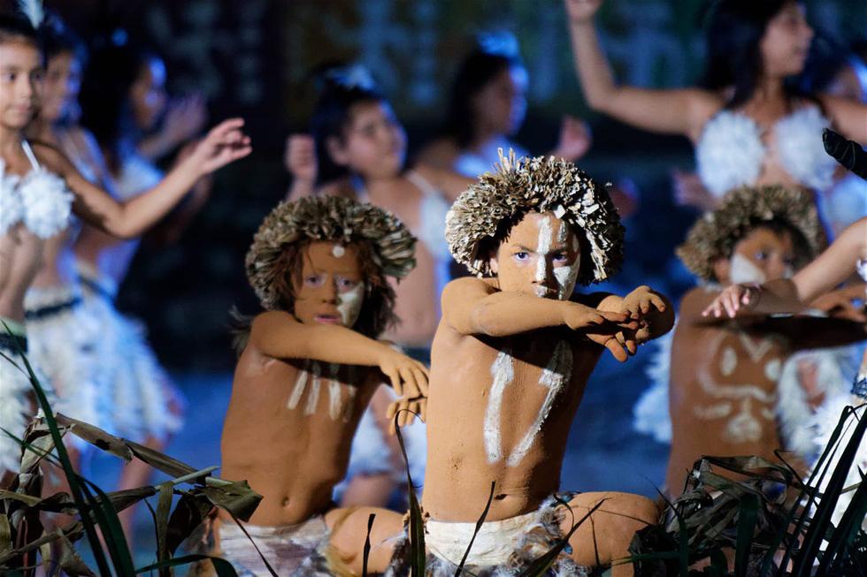Chơi đủ trò tại lễ hội Tapati của cư dân Đảo Phục Sinh - Ảnh 9.