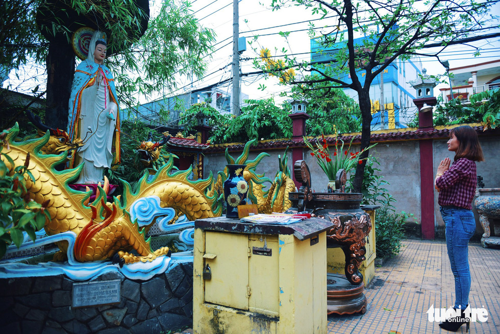 Mùa Phật Đản đi lễ chùa Một Cột tại Sài Gòn - Ảnh 7.