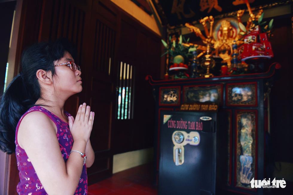 Mùa Phật Đản đi lễ chùa Một Cột tại Sài Gòn - Ảnh 11.