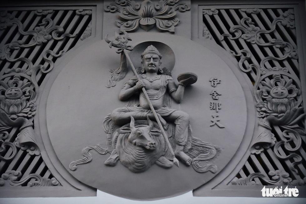 Mùa Phật Đản đi lễ chùa Một Cột tại Sài Gòn - Ảnh 9.