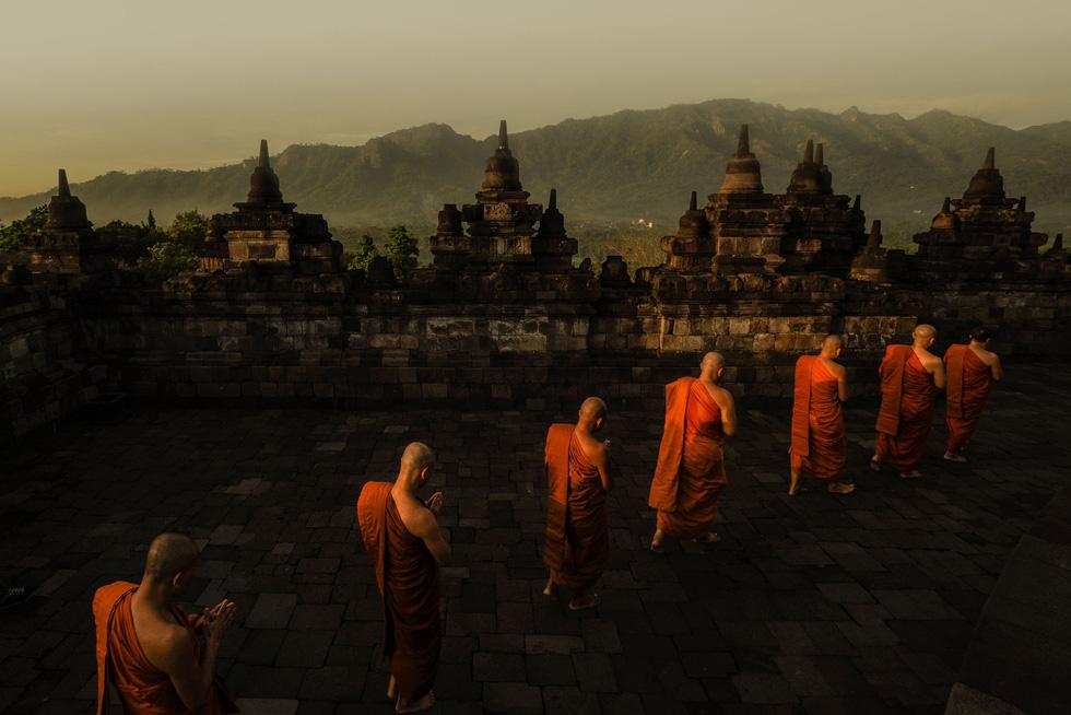 Đèn trời rực sáng thánh địa Phật giáo trong đại lễ Phật đản - Ảnh 14.