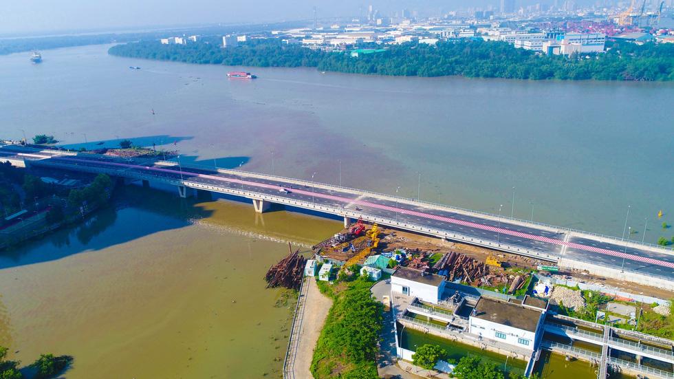 TP.HCM thông xe cầu qua đảo Kim Cương - Ảnh 13.