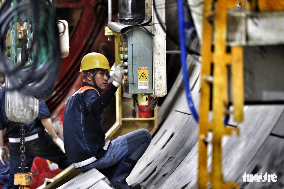 Ngắm đường hầm metro thứ 2 sắp hoàn thành dưới lòng đất - Ảnh 8.