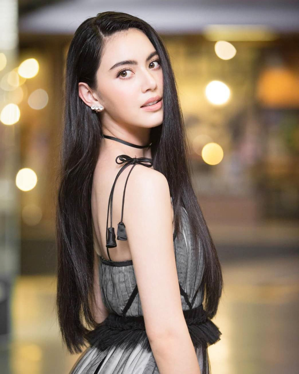 Mai Davika 'ma nữ' đẹp nhất Thái Lan - bạn gái mới của Sơn Tùng - Ảnh 2.