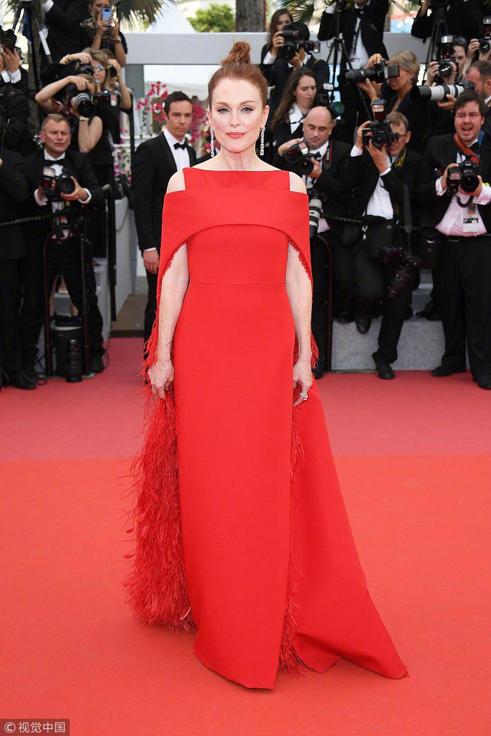 Cate Blanchett mặc đồ cũ, dàn sao nữ lộng lẫy trên thảm đỏ Cannes - Ảnh 5.