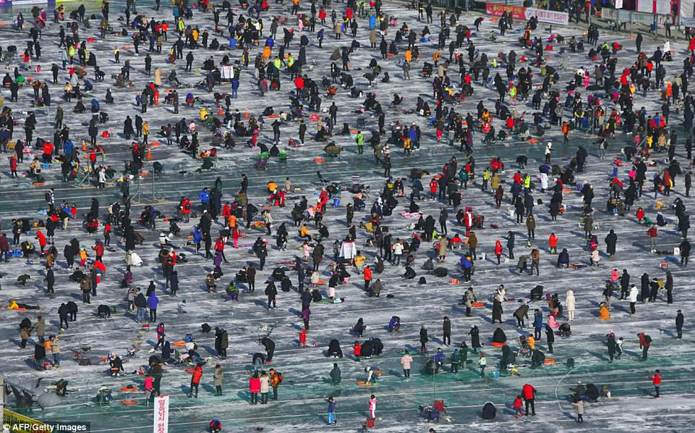 Sang Hàn Quốc và Trung Quốc vui lễ hội băng tuyết - Ảnh 6.