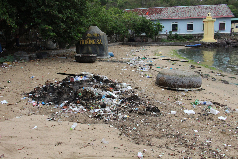 Công viên mang tên Trường Sa ở Khánh Hòa đang bị đối xử như thế nào? - Ảnh 2.