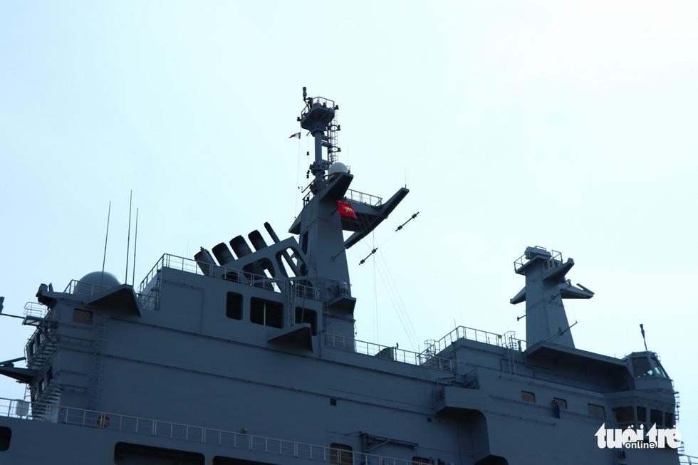 Khám phá tàu sân bay trực thăng hiện đại nhất của Pháp đang ở Việt Nam - Ảnh 3.