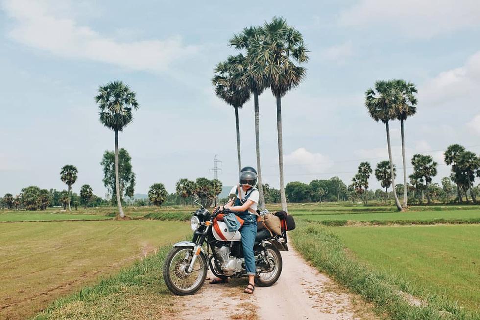 Nữ phượt thủ xuyên Việt độc hành bằng xe máy - Ảnh 9.