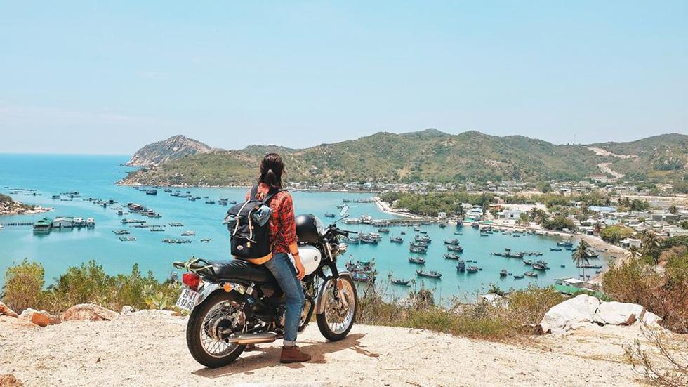 Nữ phượt thủ xuyên Việt độc hành bằng xe máy - Ảnh 14.