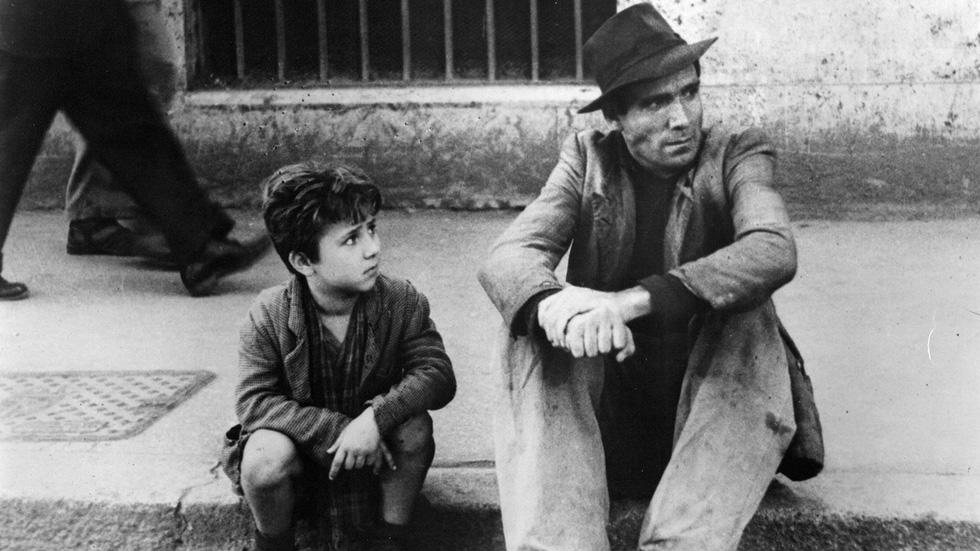 Ngày của Cha: 10 bộ phim hay nhất về tình cảm cha con - Ảnh 1.