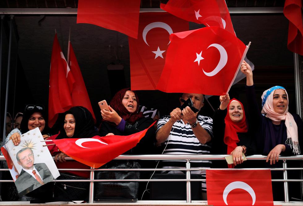 Sắc màu bầu cử Thổ Nhĩ Kỳ - Ảnh 2.