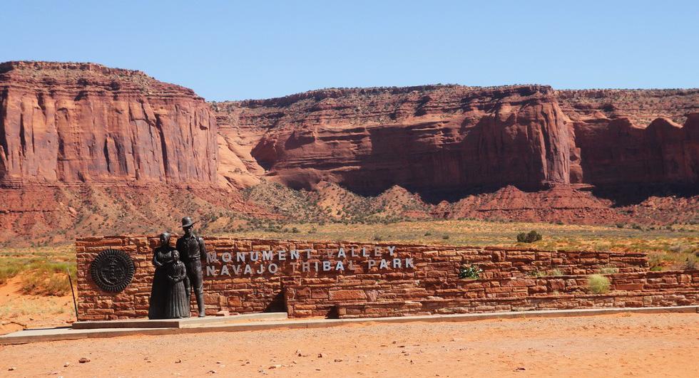 Monument Valley nổi tiếng trong các phim cao bồi viễnTây - Ảnh 3.