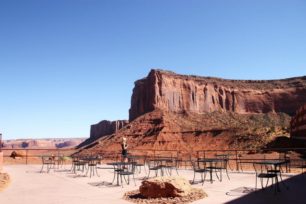 Monument Valley nổi tiếng trong các phim cao bồi viễnTây - Ảnh 9.