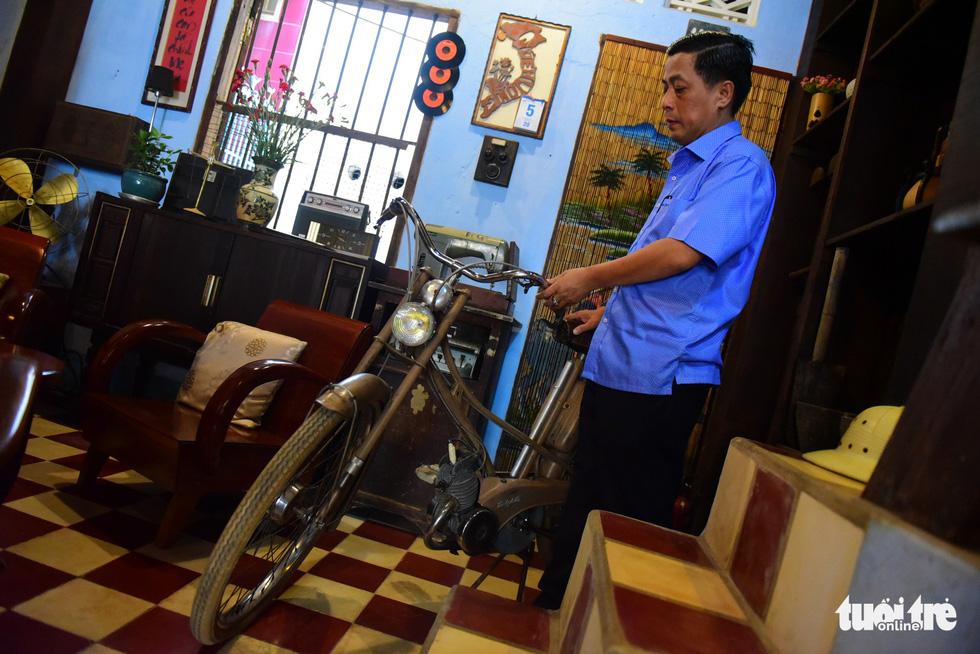 10 năm lặn lội tìm kỷ vật của cha mở quán cà phê biệt động Sài Gòn - Ảnh 1.