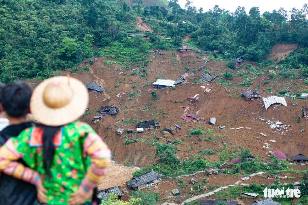 Bản Sáng Tùng bị xóa sổ sau vụ sạt lở đất ở Lai Châu - Ảnh 2.