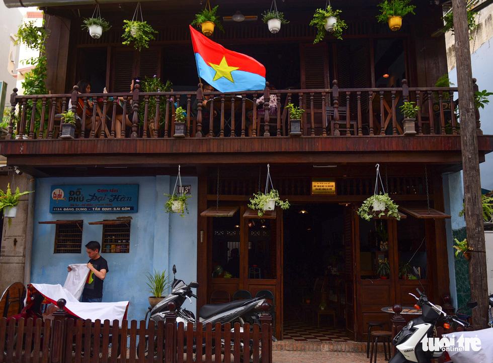10 năm lặn lội tìm kỷ vật của cha mở quán cà phê biệt động Sài Gòn - Ảnh 2.