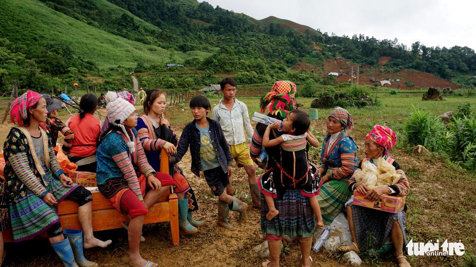 Bản Sáng Tùng bị xóa sổ sau vụ sạt lở đất ở Lai Châu - Ảnh 12.