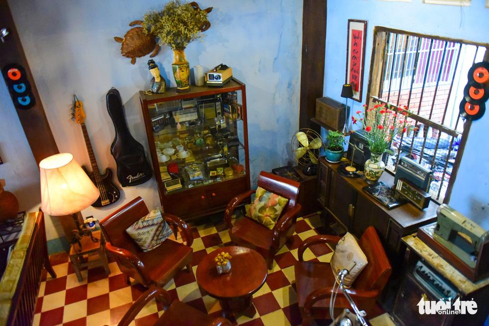 10 năm lặn lội tìm kỷ vật của cha mở quán cà phê biệt động Sài Gòn - Ảnh 10.