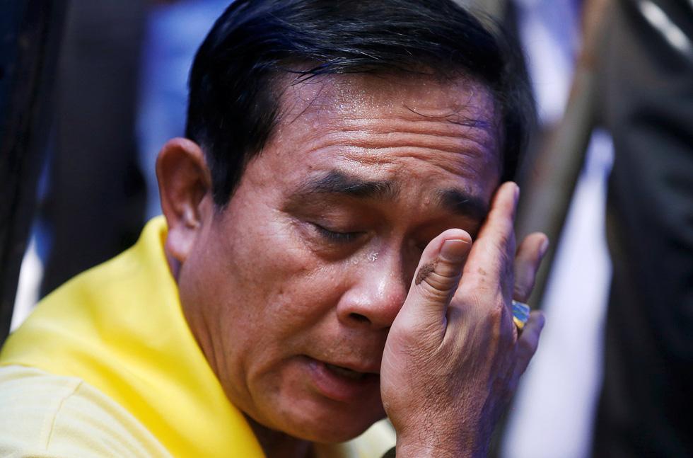 Thế giới trong tuần qua ảnh: Thái Lan dốc sức tìm đội bóng mắc kẹt trong hang động - Ảnh 3.