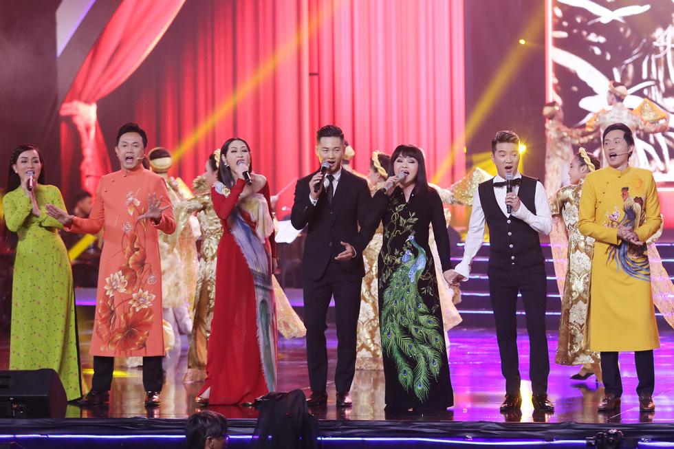 Hương Lan - Một đời sân khấu: đã tai đã mắt, vẫn thấy thèm - Ảnh 16.