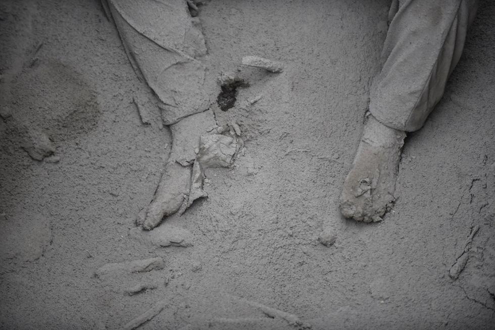 Tro bụi núi lửa xóa đi sự sống ở Guatemala - Ảnh 12.