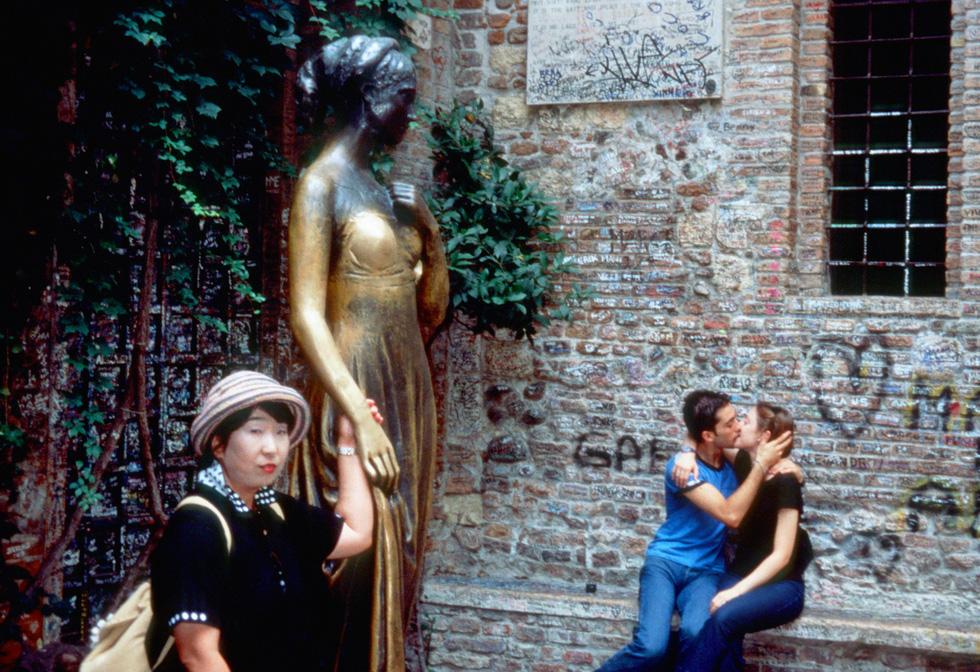 Đến nhà nàng Giulietta - người yêu của Romeo - Ảnh 1.
