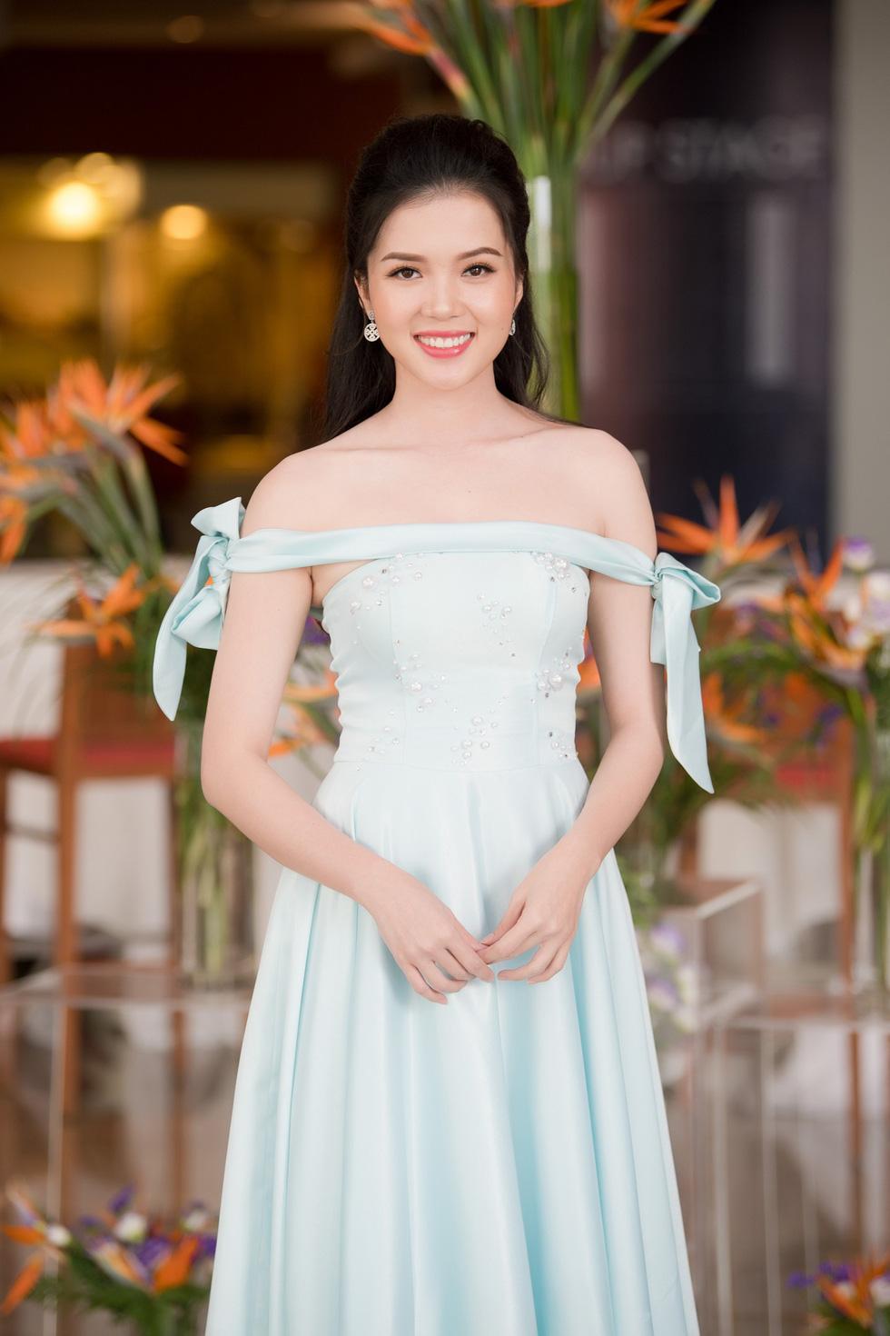 Thí sinh Hoa hậu Việt Nam 2018 sẽ phải bán vé số, cào nghêu - Ảnh 8.