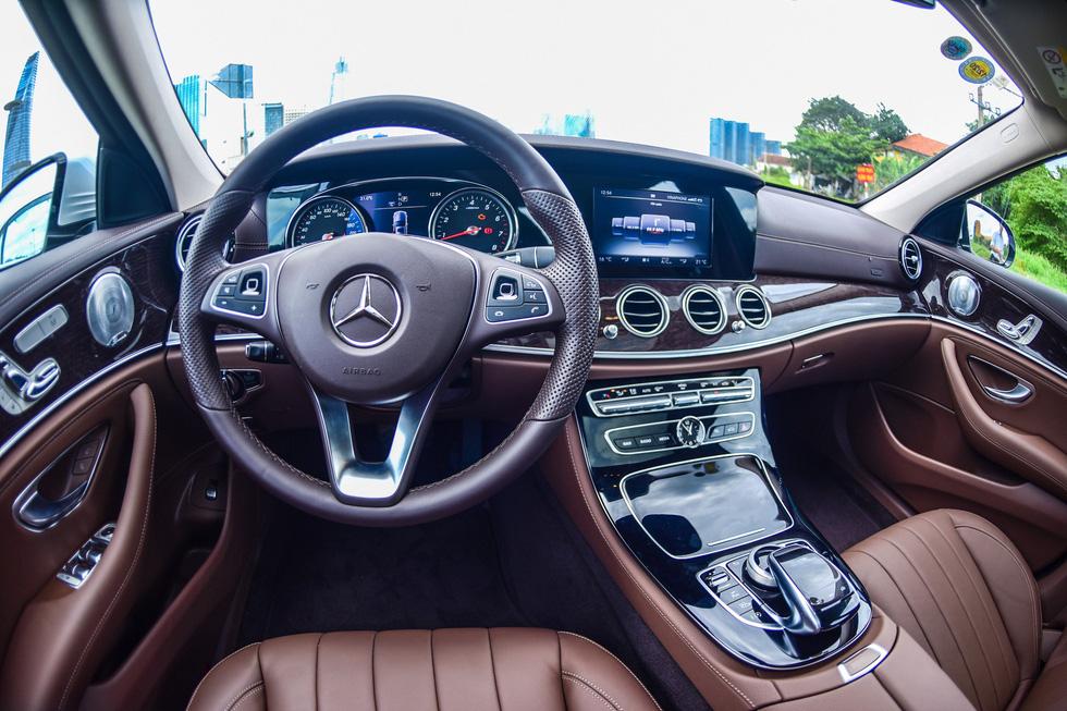 Đánh giá xe Mercedes E250 2018: nghe trái tim cất lời... - Ảnh 4.