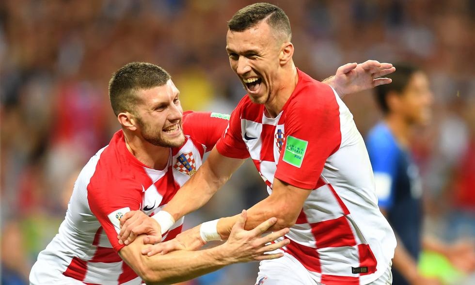 Những hình ảnh ấn tượng nhất đêm chung kết Croatia - Pháp - Ảnh 13.