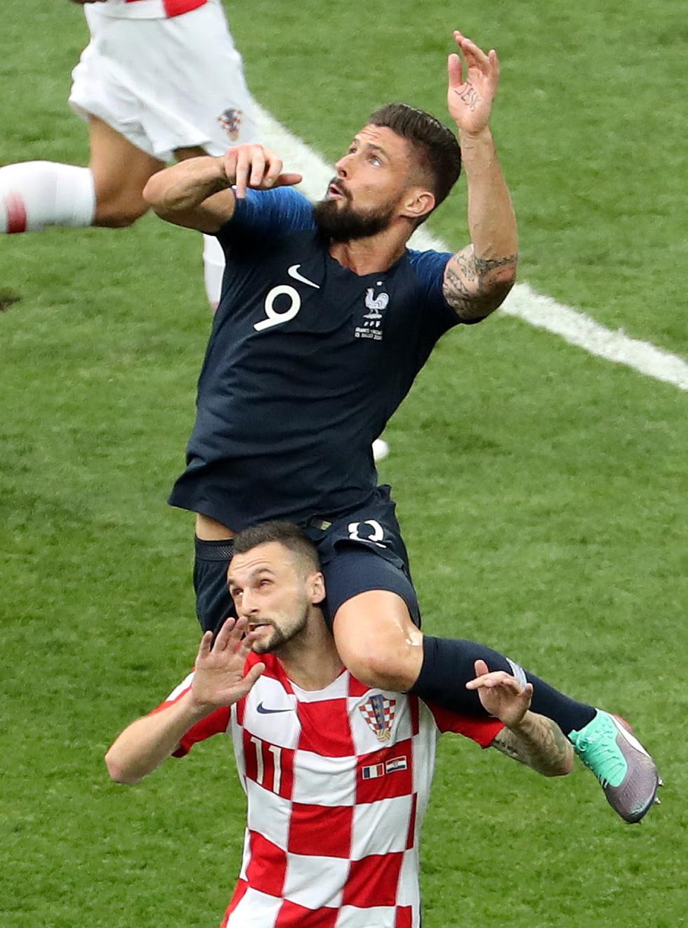 Những hình ảnh ấn tượng nhất đêm chung kết Croatia - Pháp - Ảnh 6.
