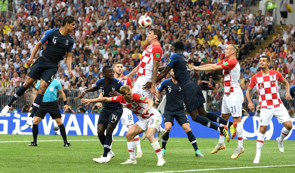Những hình ảnh ấn tượng nhất đêm chung kết Croatia - Pháp - Ảnh 7.