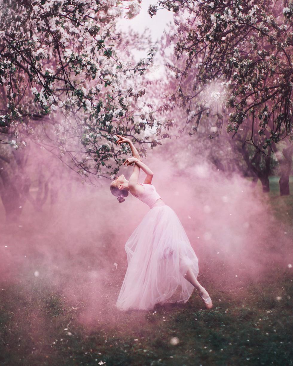 Cô gái lang thang khắp thế giới chụp ảnh đầy biến ảo - Ảnh 11.