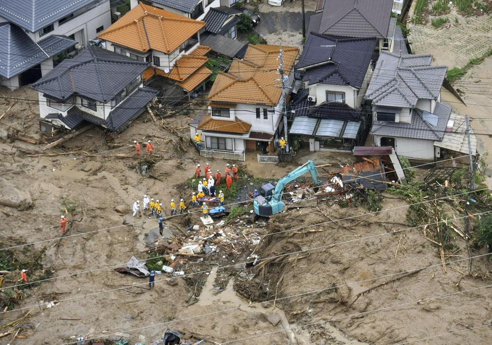 Cuộc đại di tản ở Nhật vì mưa khủng khiếp - Ảnh 3.