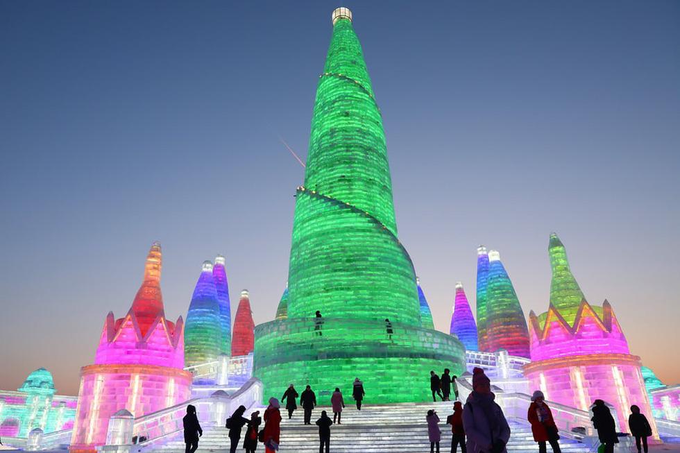 Sang Hàn Quốc và Trung Quốc vui lễ hội băng tuyết - Ảnh 9.