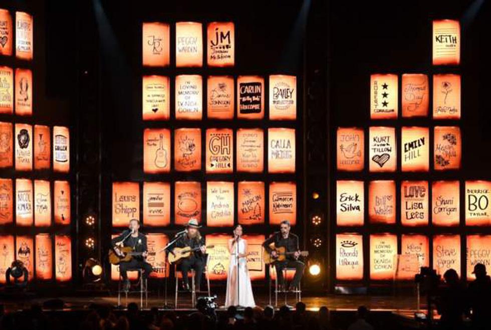 Grammy lần thứ 60 - Hoành tráng và đầy ý nghĩa xã hội - Ảnh 1.
